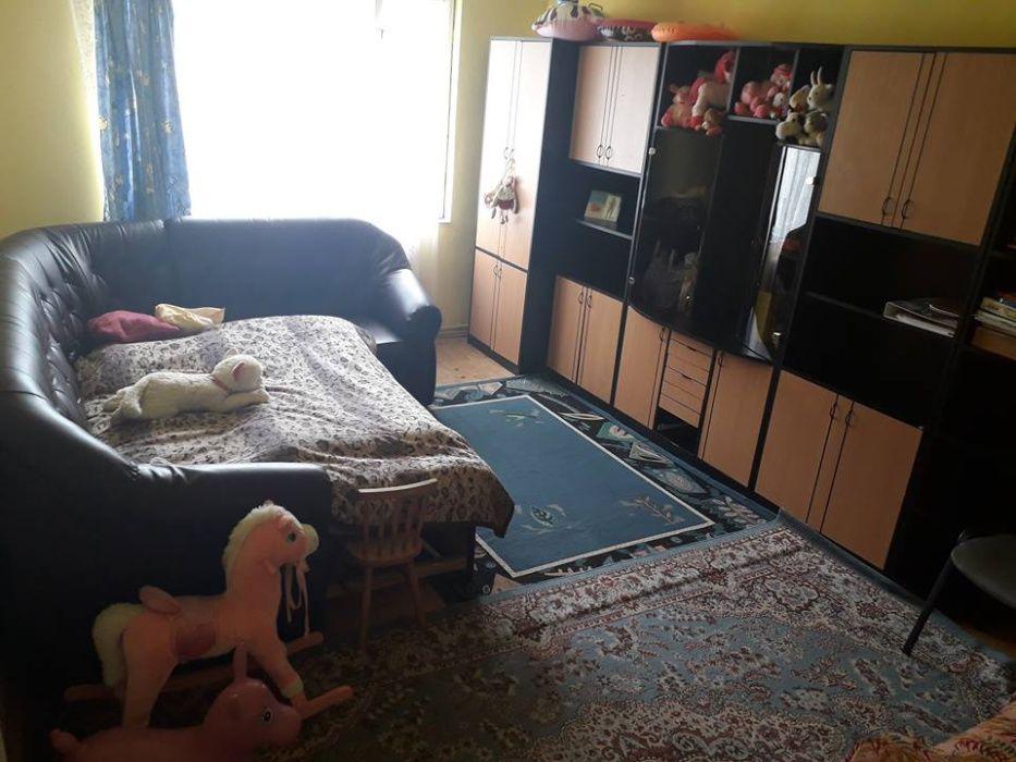 Vand apartament 2 camere Beclean - imagine 1
