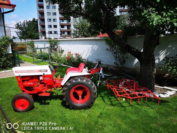Tractoras, tractor pentru sera, livada, gradina si lucrari agricole