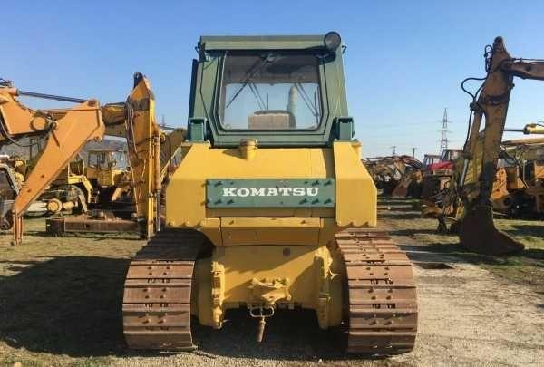 Dezmembrez buldozer Komatsu D65
