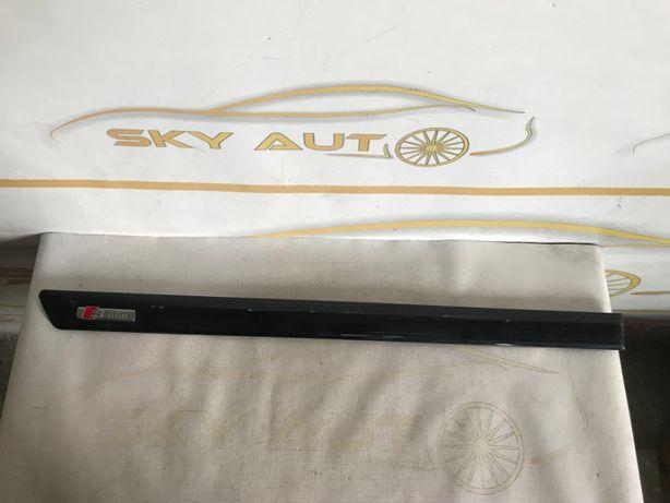 Bandou usa dreapta spate Audi A3 8P sportback S-Line cod 8P4853964A