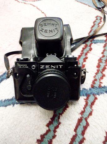 Фотоапарат Zenit TTL с два допълнителни обектива
