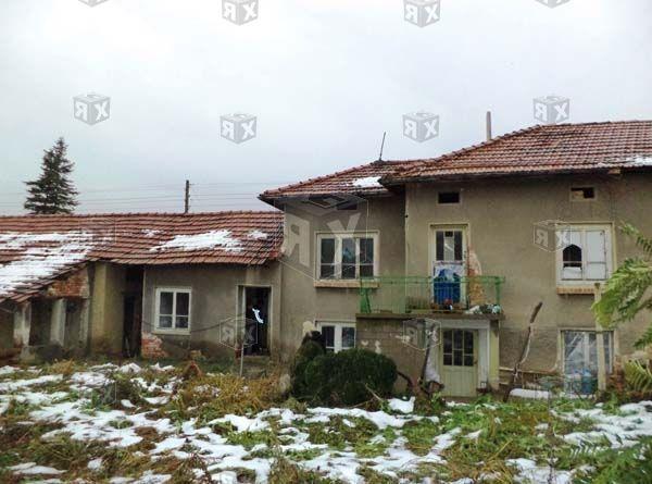 Къща в село Бутово Може БАРТЕР...
