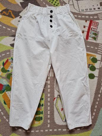 Продам белые летние брюки