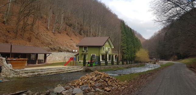 Cabana Valea Bratcutei