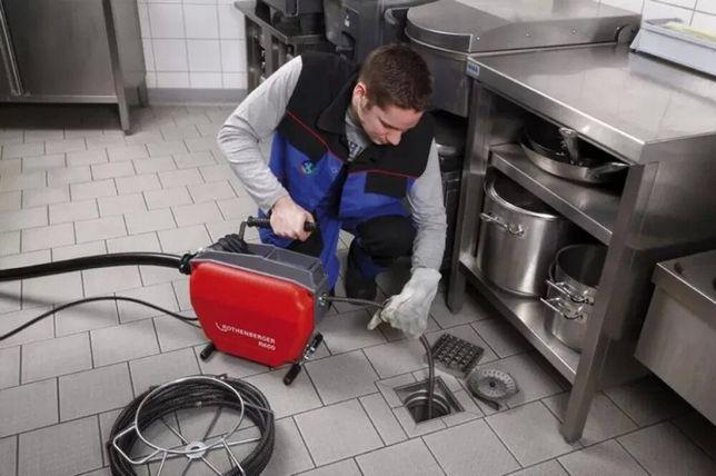Прочистка Чистка засора Гидропрочистка труб агрегатом давления воды.