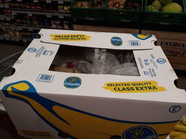 Vand cuti de banane