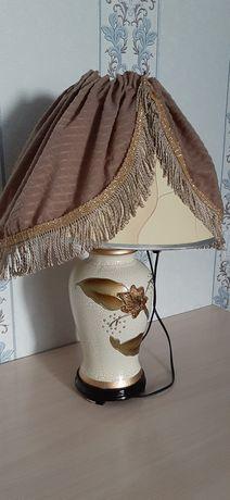 комод со светильником
