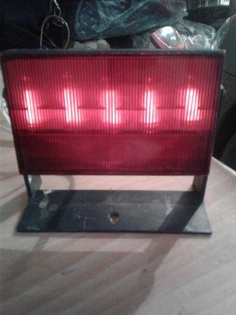 Красный фонарь для печати фотографий