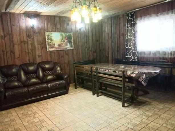 Сдам загородный дом-дача, помещение посуточно. Цена с баней.