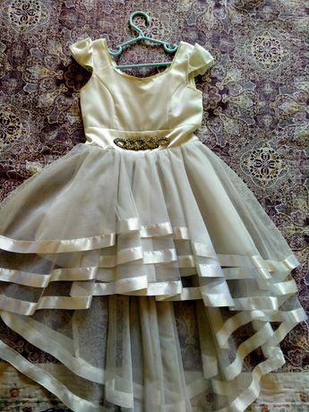 Продам платье для девочек