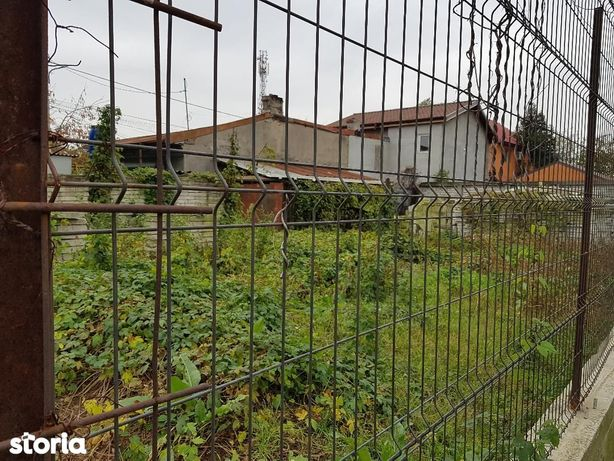Teren Rosu - ideal casa