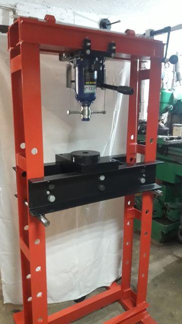 Presa hidraulica 32 t pentru atelier
