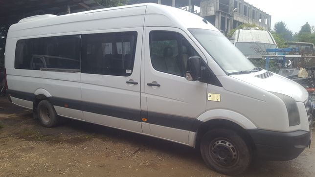 VW Crafter 2011     .