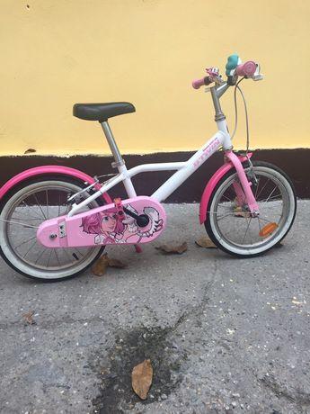 Vând bicicletă în stare bună.