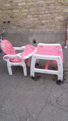 Детское кресло со столиком
