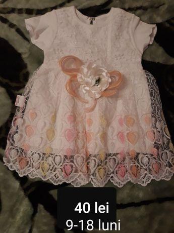 Vând haine pt.fetițe