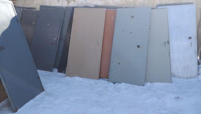 Входные железные, металлические, деревянные двери.
