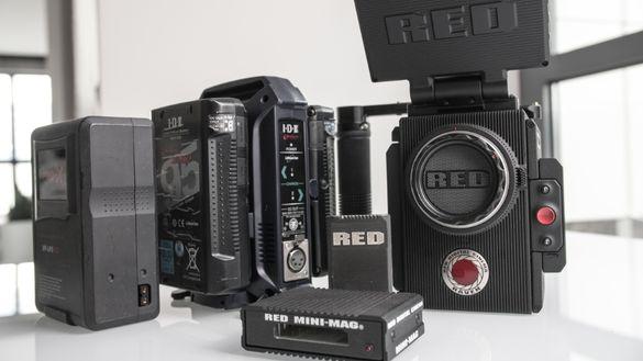 RED RAVEN 4.5K + 512GB + 3 Батерии + Двойно Зарядно + Mini-Mag + Куфар