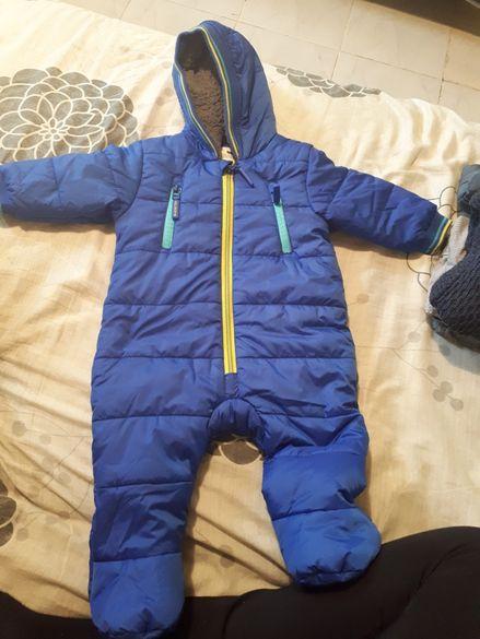 Бебешки зимен космонавт