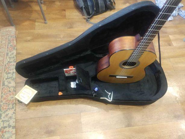 Гитара класика, ParkWood PC90 OP с чехлом , каподастром, тюнером и др.