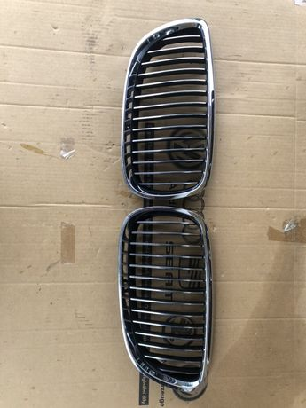 Grila radiator nara stanga dreapta Bmw Seria 3 E90 dupa 2008