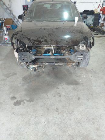 Dezmembrez Ford mondeo 2.0 tddi