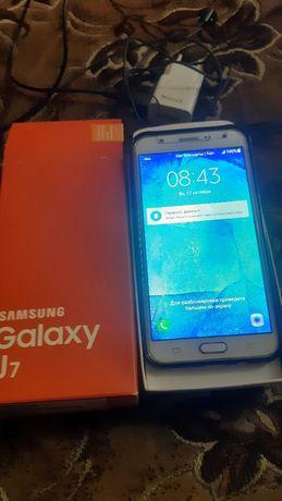 Samsung Galaxy J 7 продаю