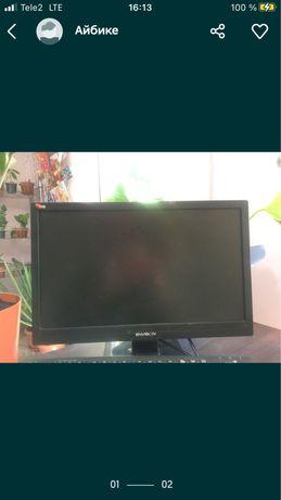Срочно продам экран от компьютера с проводами,все работает