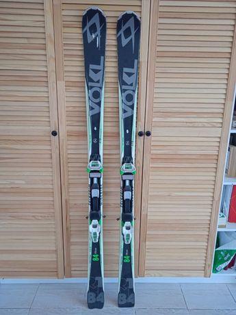 Лыжи срочно продаем!
