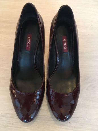 Vand pantofi Ecco(38)piele lacuita.