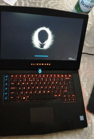 Vand laptop Alienware 15 R4, i7-8750H, 1TB SSD, 32GB RAM, Win10 Pro