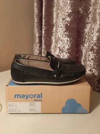 Продам туфли из натуральной кожи для мальчика Mayoral Испания
