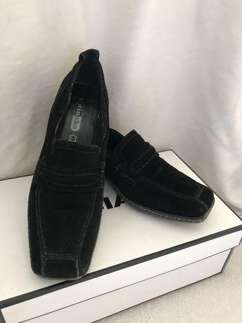 Естествен велур обувки