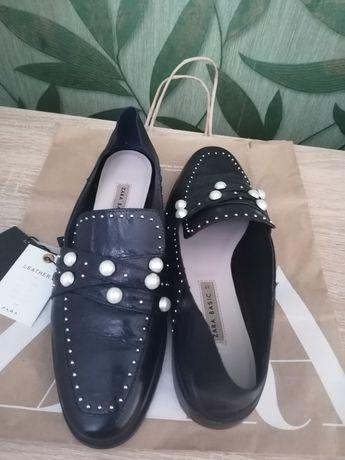 Pantofi Zara din piele mar. 39
