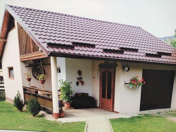 Vând casă pe structură metalică 9x6