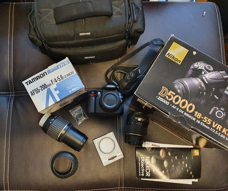 Nikon D5000 plus obiectiv tamron si accesorii