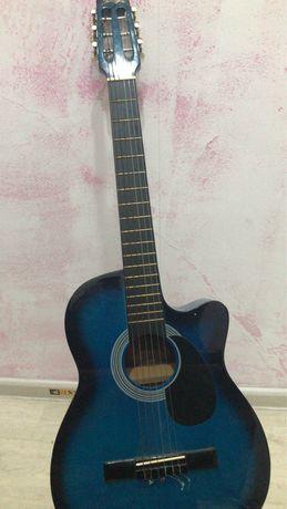 Продам гитару 14 к торг