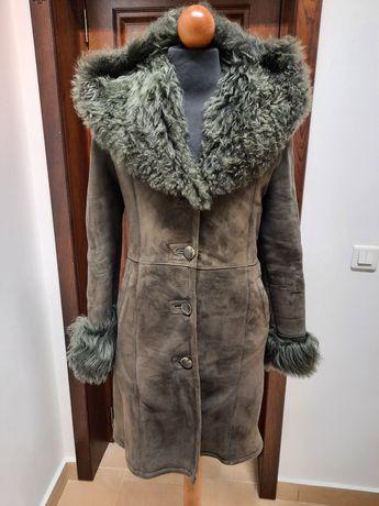 Vând haina piele naturala