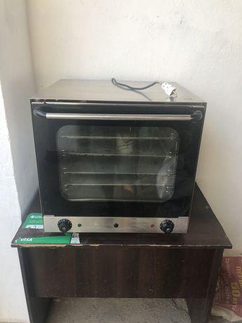 Конвекционный печь. Вентеляциясы бар 4 ярусты. 140 мын тенге. Торт. Са