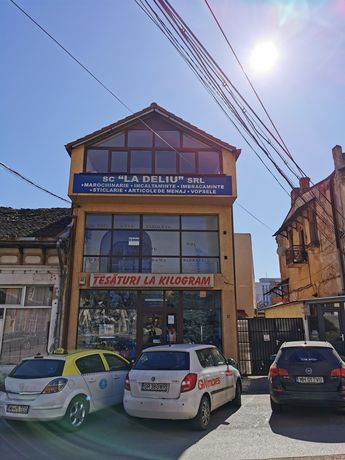 Spatiu Comercial vizavi de Magazinul Decebal,stra Horia nr 12