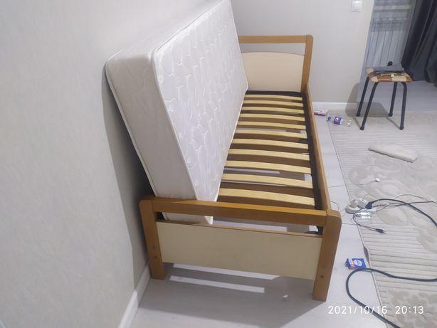 Односпальный кровать. Производство Польша