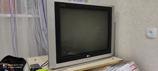 """Телевизор """"L G """""""