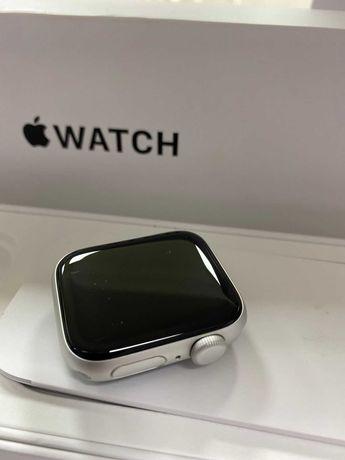 Часы Apple Watch Series se 40mm  AM-431