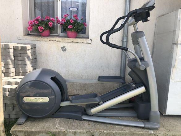 PRECOR EFX® 576i професионален фитнес уред , крос тренажор,степер