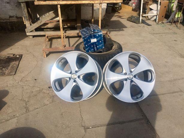 Продам диски с резиной R18