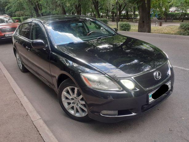 Автомобиль Lexus gs 300