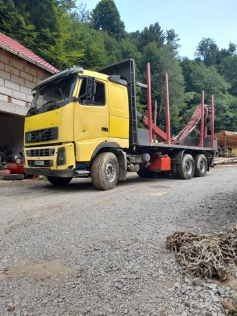 camion forestier volvo