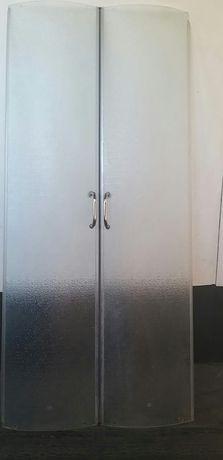 Стеклянные двери на душевую кабину