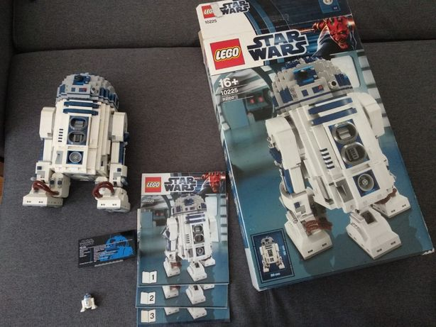 Lego Star Wars 10225 R2-D2 UCS
