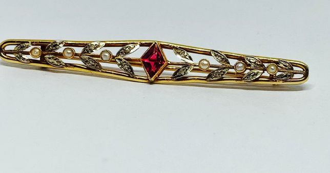 Broșă antică boiereasca din aur18k cu rubin,diamante si perle